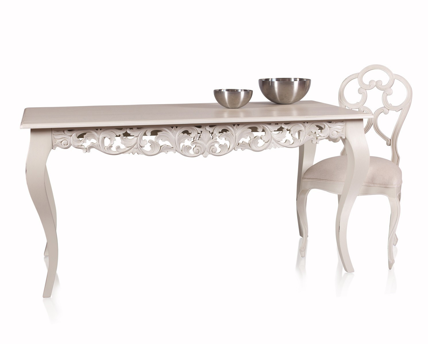 Mesa de comedor chirstine especial for Modelo de mesa comedor