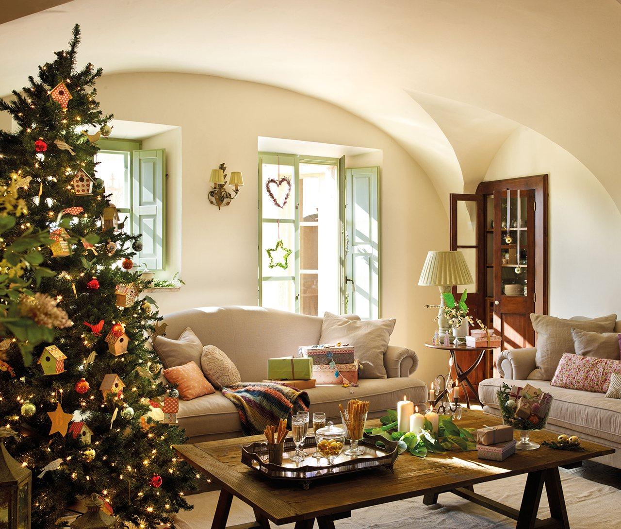 Consejos para decorar en navidad decorar la mesa en navidad - Decoracion navidena de casas ...