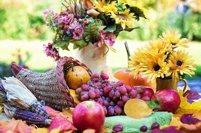 centro de mesa con fruta